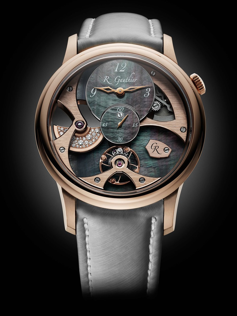 Romain_Gauthier_Insight_Micro-Rotor_Lady_1_red gold_black_dial.jpg
