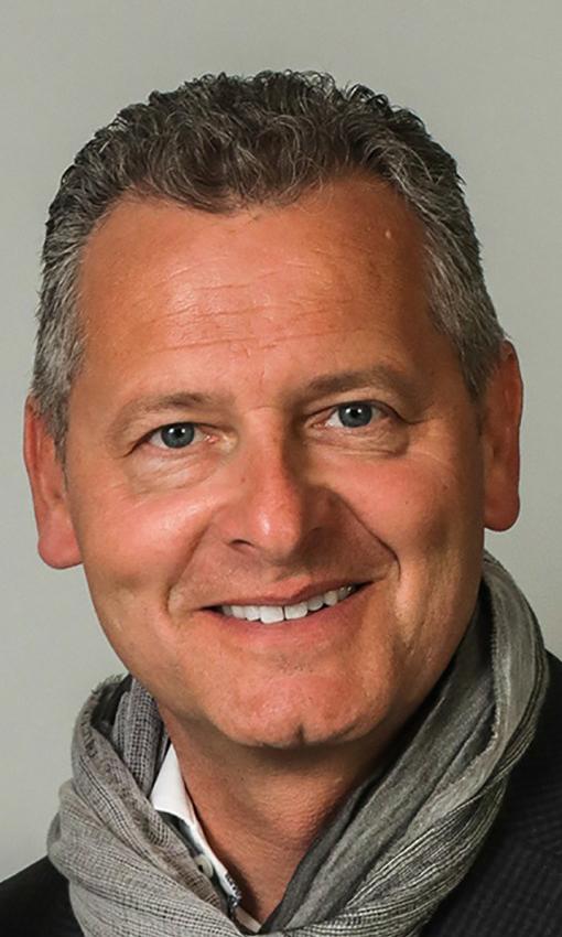 PATRIK HOFFMANN