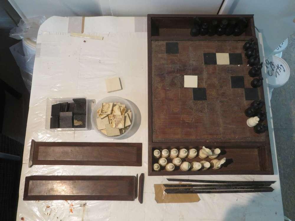 jeu-echecs-bois-ebene-ivoire-art-ancien-restauration-creation-restaurarte.jpg