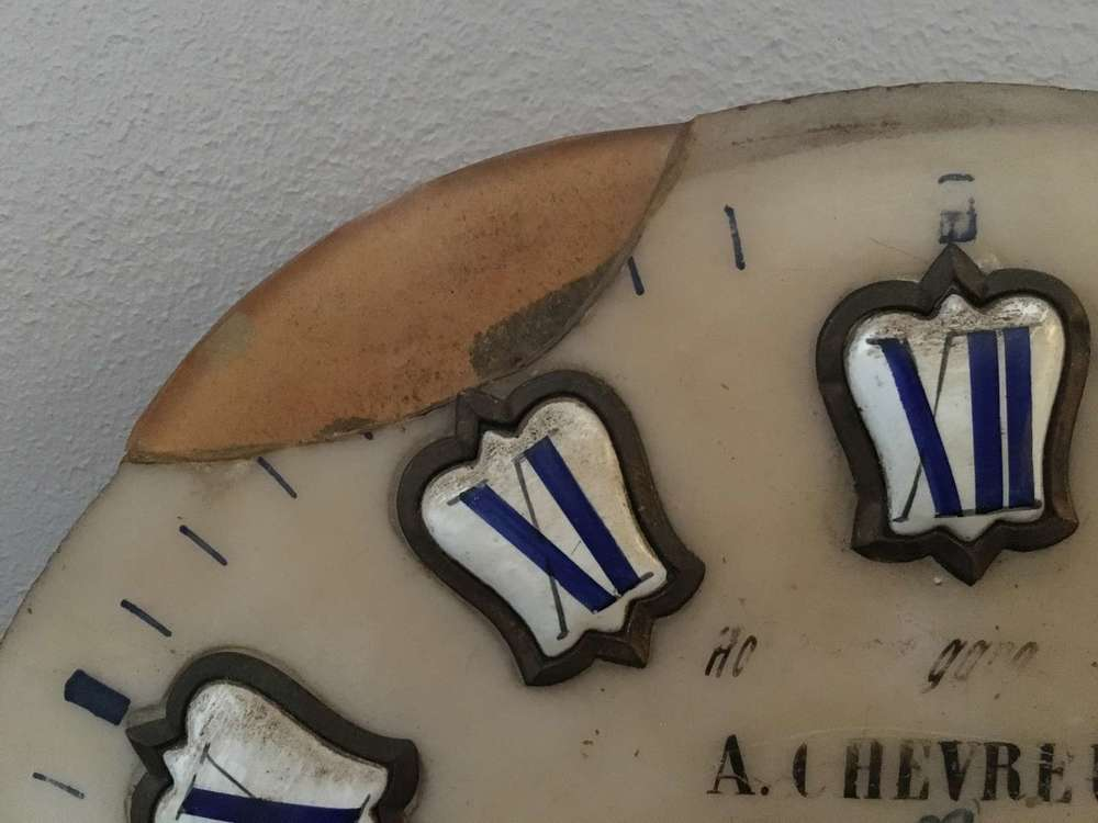 albâtre-cadran-pendule-poli-art-restauration-restaurarte-horloger-nettoyage.jpg