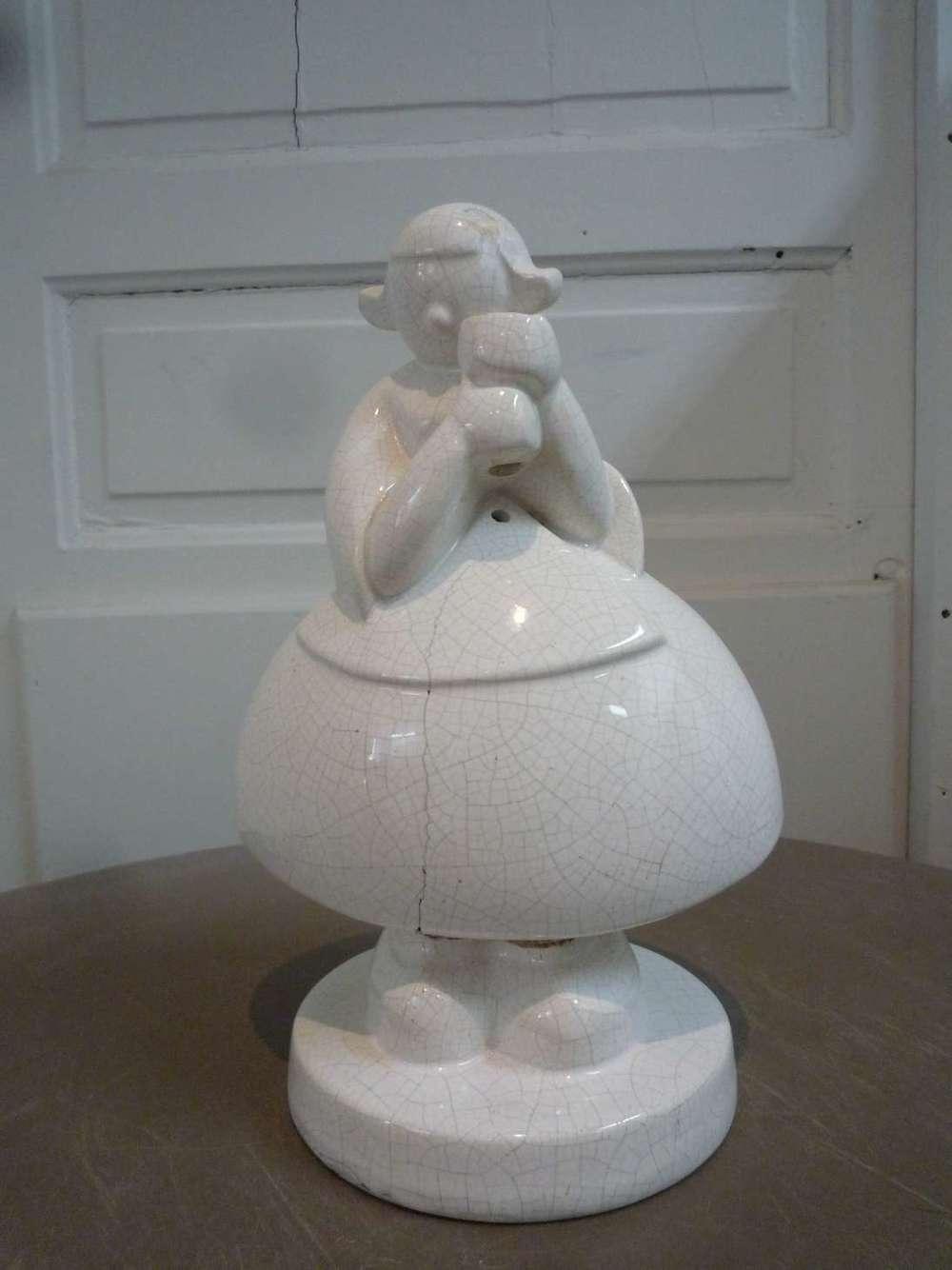 faience-email-robj-lampe-becassine-craquele-craquelures-art-1926-ateliers-restaurarte-restauration-ceramique-blanche.jpg