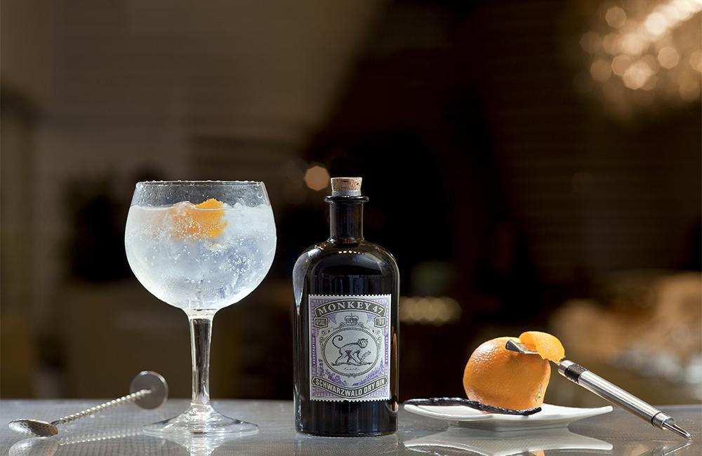 Gin Club1115.jpg