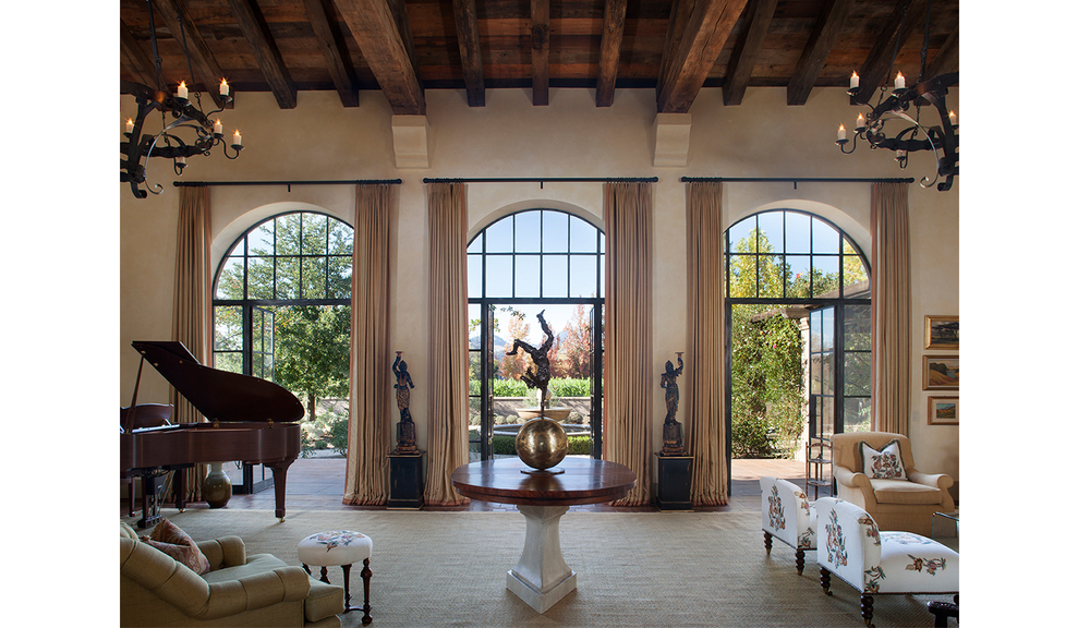 Calistoga_traditional_spanish_hacienda.jpg
