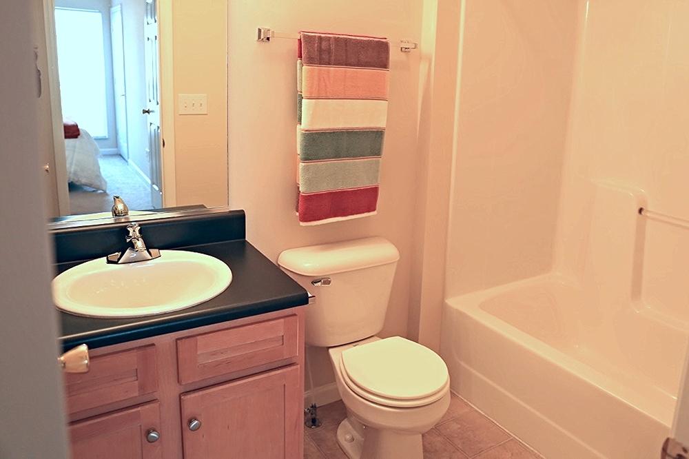 Abbingdon Second Full Bathroom