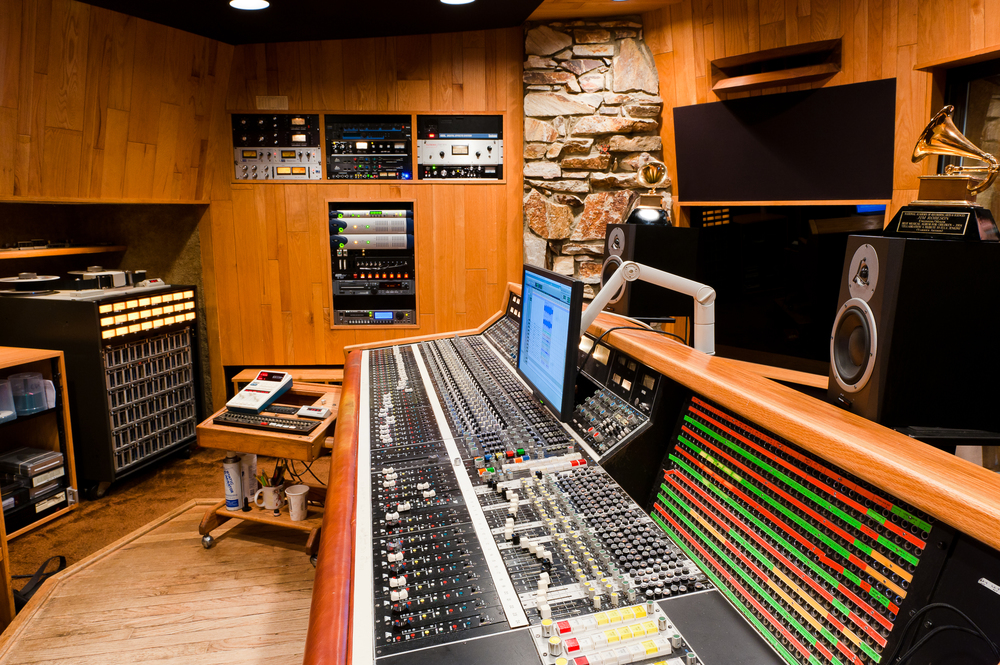 studioBoutboard.jpg