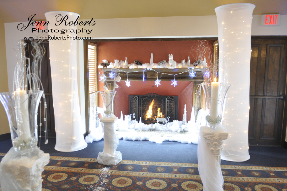 Winter Wedding fireplace