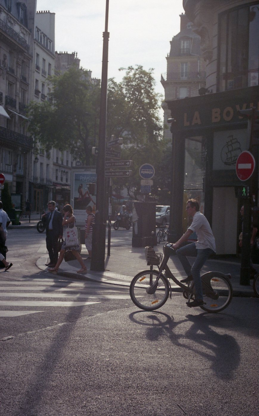 Fujifilm 200 Paris036.jpg