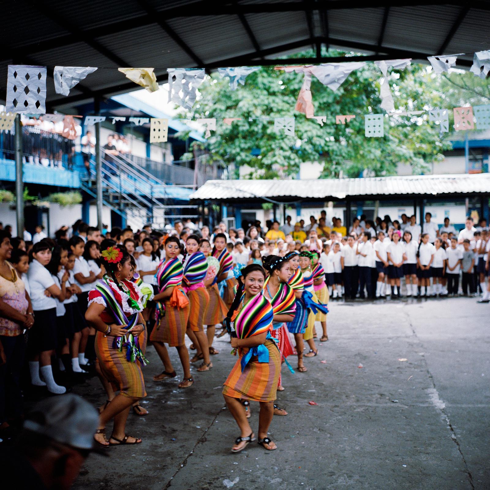 danzafolklorica