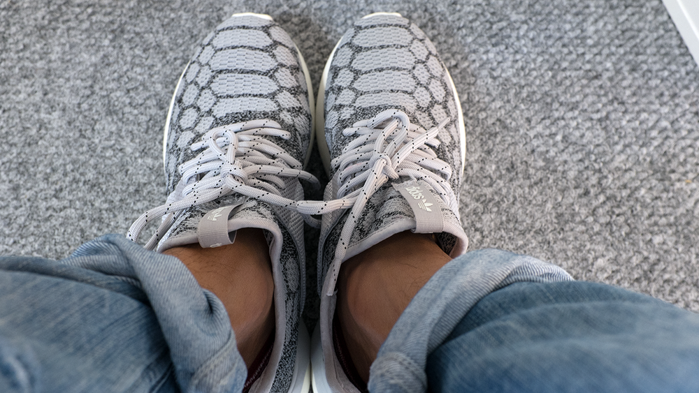 CreativeSession Tubular Primeknit Stone feet