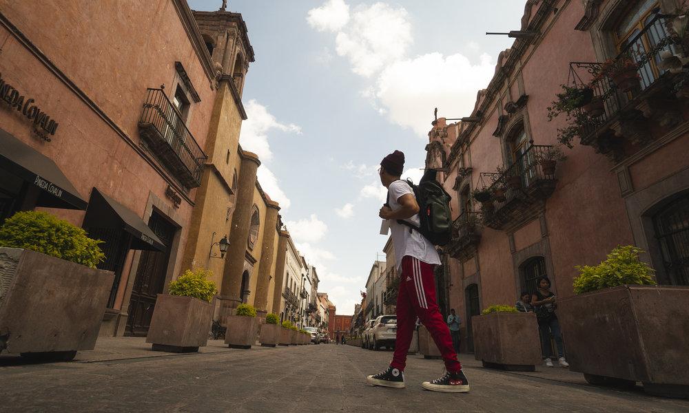hoang-creativesession-StreetsOfQueretaro.jpg