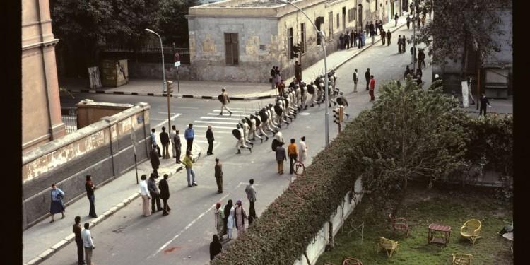 Cairo-Food-Riot-1977-John-McIntyre-750x375.jpg
