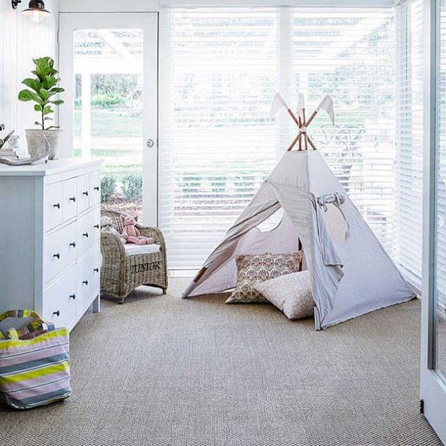This cozy little kids nook is 👌🏽. Give us a call today and get a FREE quote ——  📞 801-563-8226