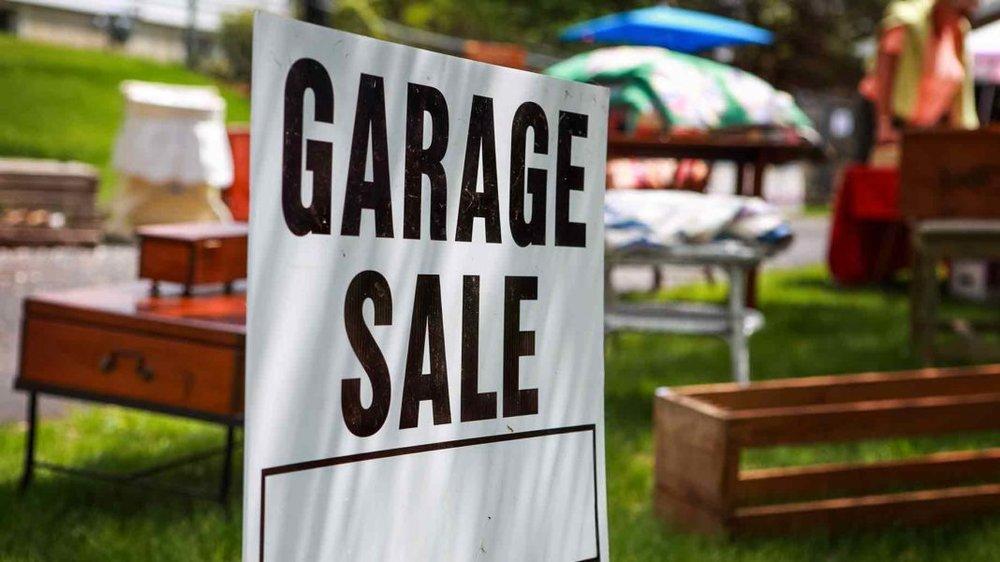 kings-transfer-garage-sale
