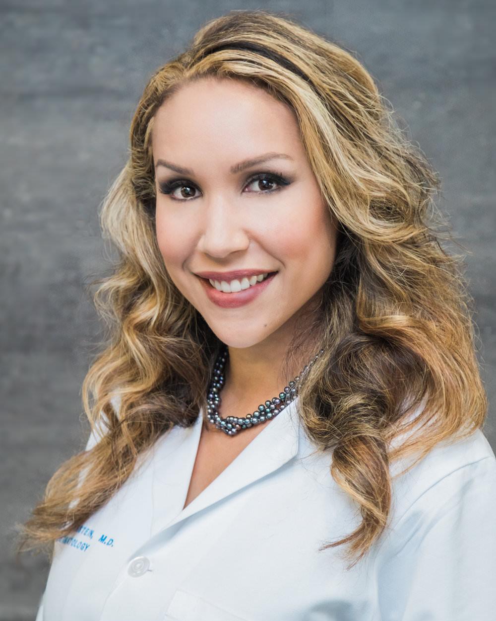 Dr. Mara Weinstein