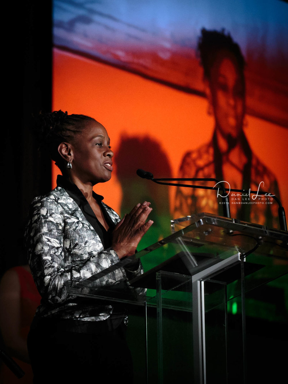 Chirlane McCray addresses attendees of Korean Community Services of Metropolitan New York, Inc. (KCS)'s 42nd Anniversary Gala on November 13, 2015. Photo by Daniel Lee.