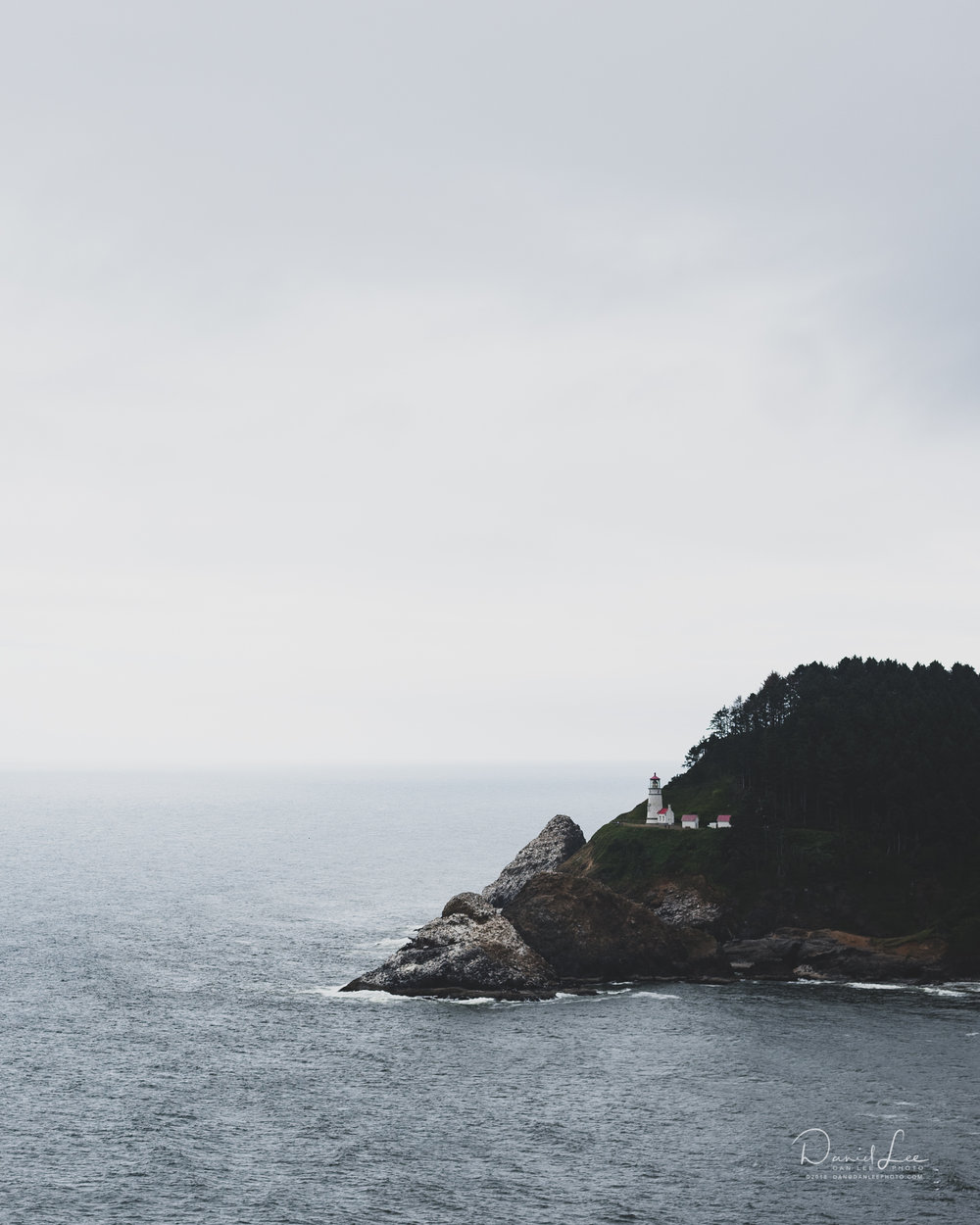 Heceta Head Lighthouse. Photo by Daniel Lee.