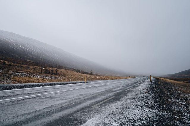 Icelandic roads. #iceland