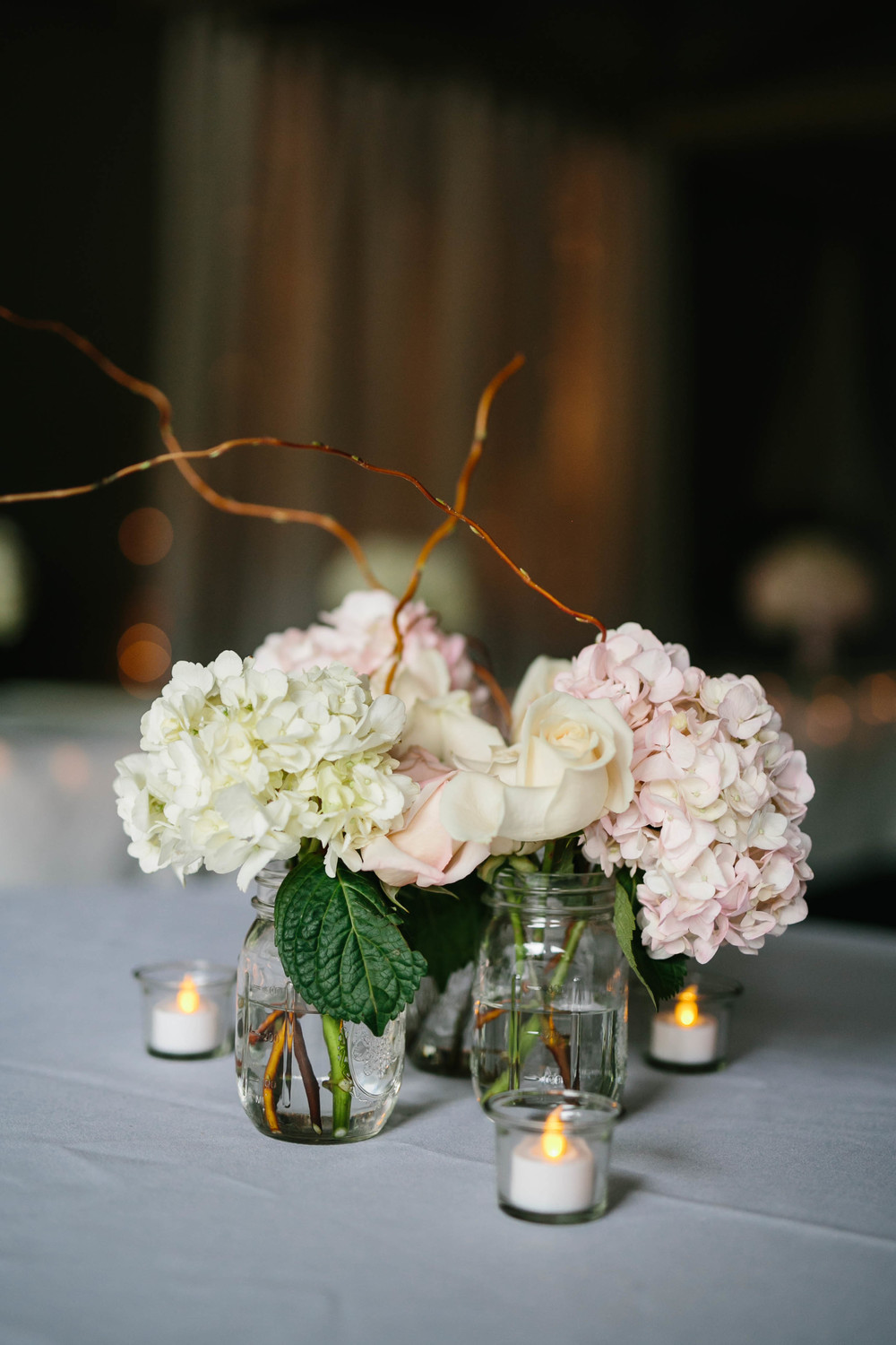 Photo by Melissa Kilner Photography, Flowers provided by Metropolitan Market