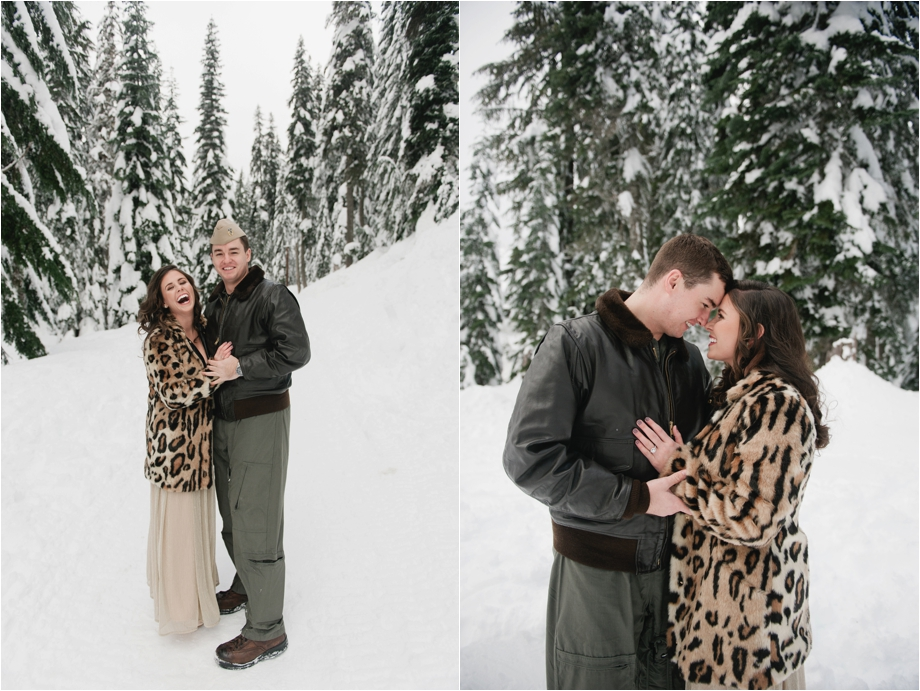 2 snowy pnw engagement session.jpg