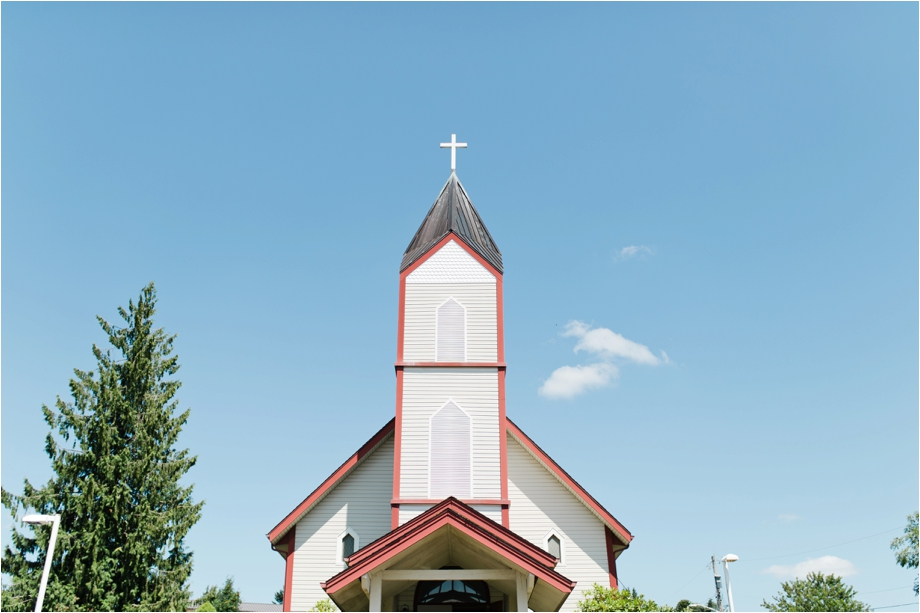 31-catholic-church-wedding-2.jpg