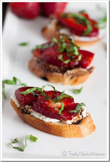 stawberry bruschetta.jpg