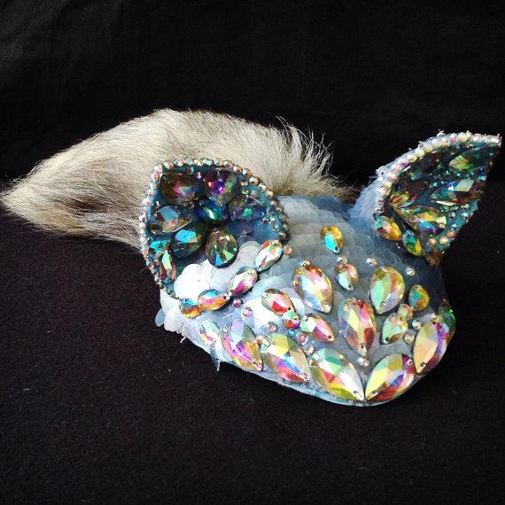 Ar-meow-dillo Headpiece
