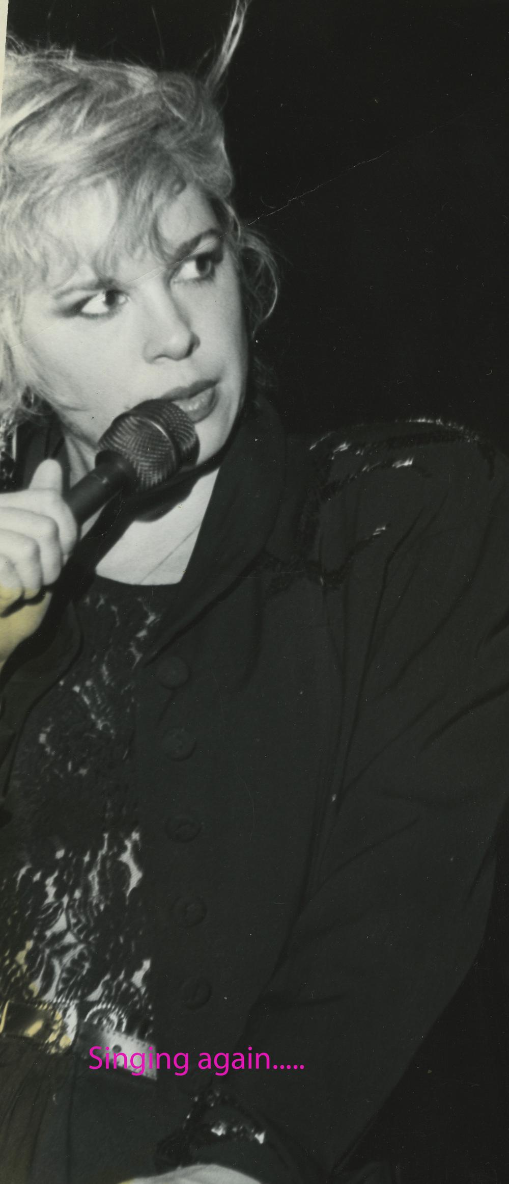 Ellen Singing 10 named.jpg