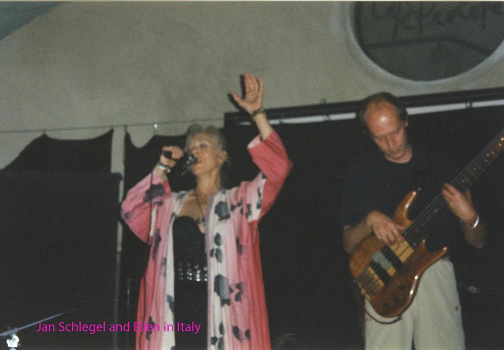 Ellen and Jan at Juvara Theatre in Torino named.jpg