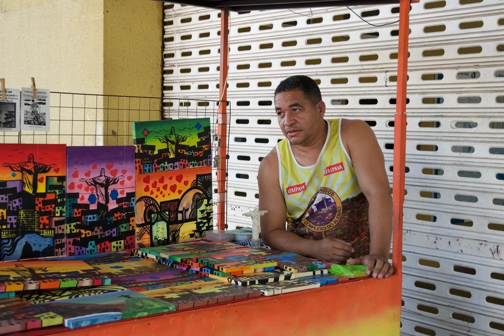 Cleber Araújo fundó con su esposa Mariluce el proyecto social de arte Favela Art.  | Foto: Marcelo A.