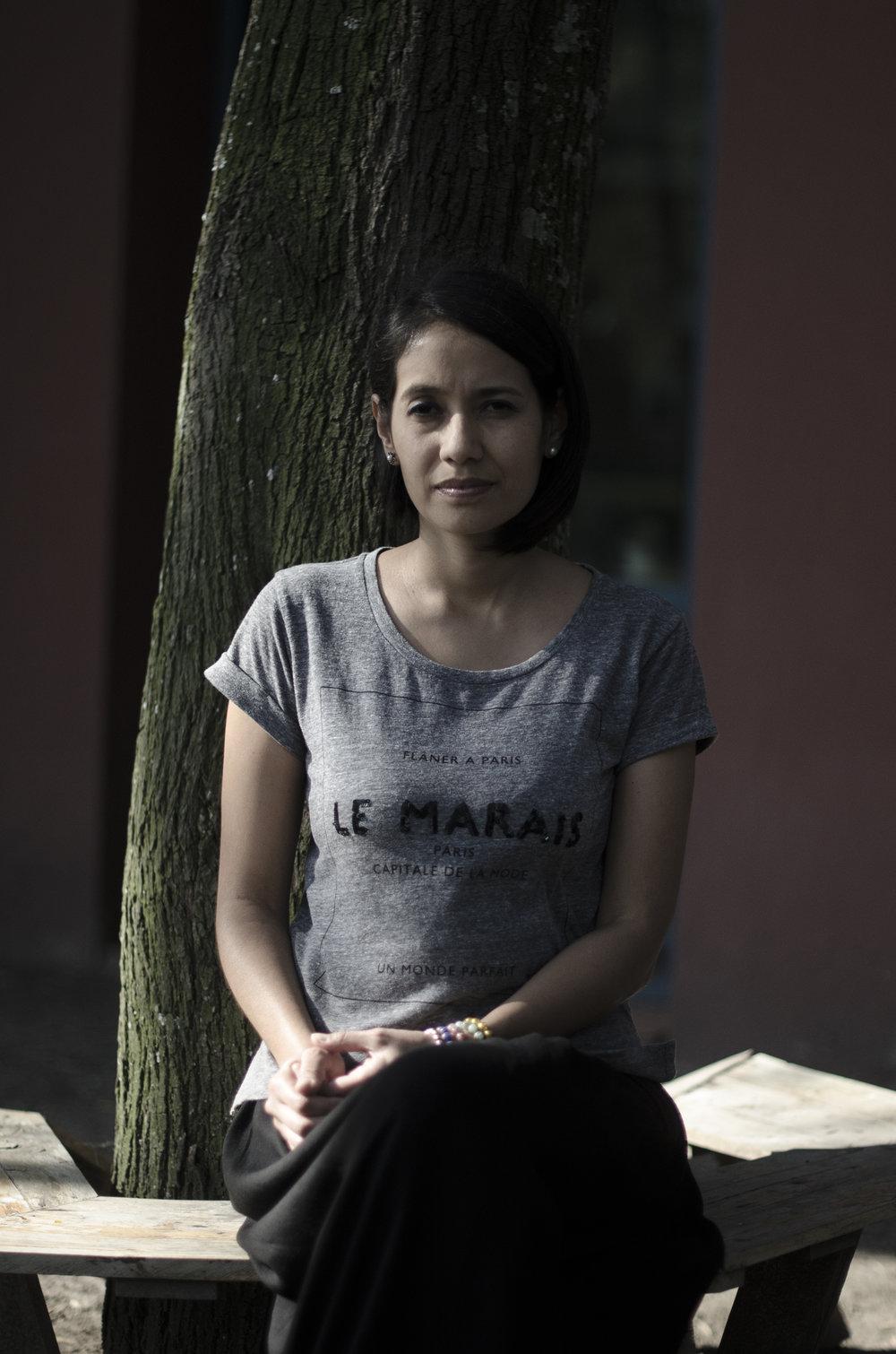 Conversaciones Sobre Arte Ecuatoriano - Anamaría Garzón desmitifica sin disculpas la poderosa figura del maestro pintor ecuatoriano. Más.