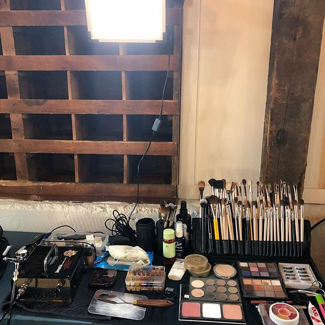 Working with some of my favorites- @socojomakeup and @natalielannersmua! . #makeup #setup #minnesotamua #airbrush #professional #friendors #mnwedding #themakeuplight #hirepros