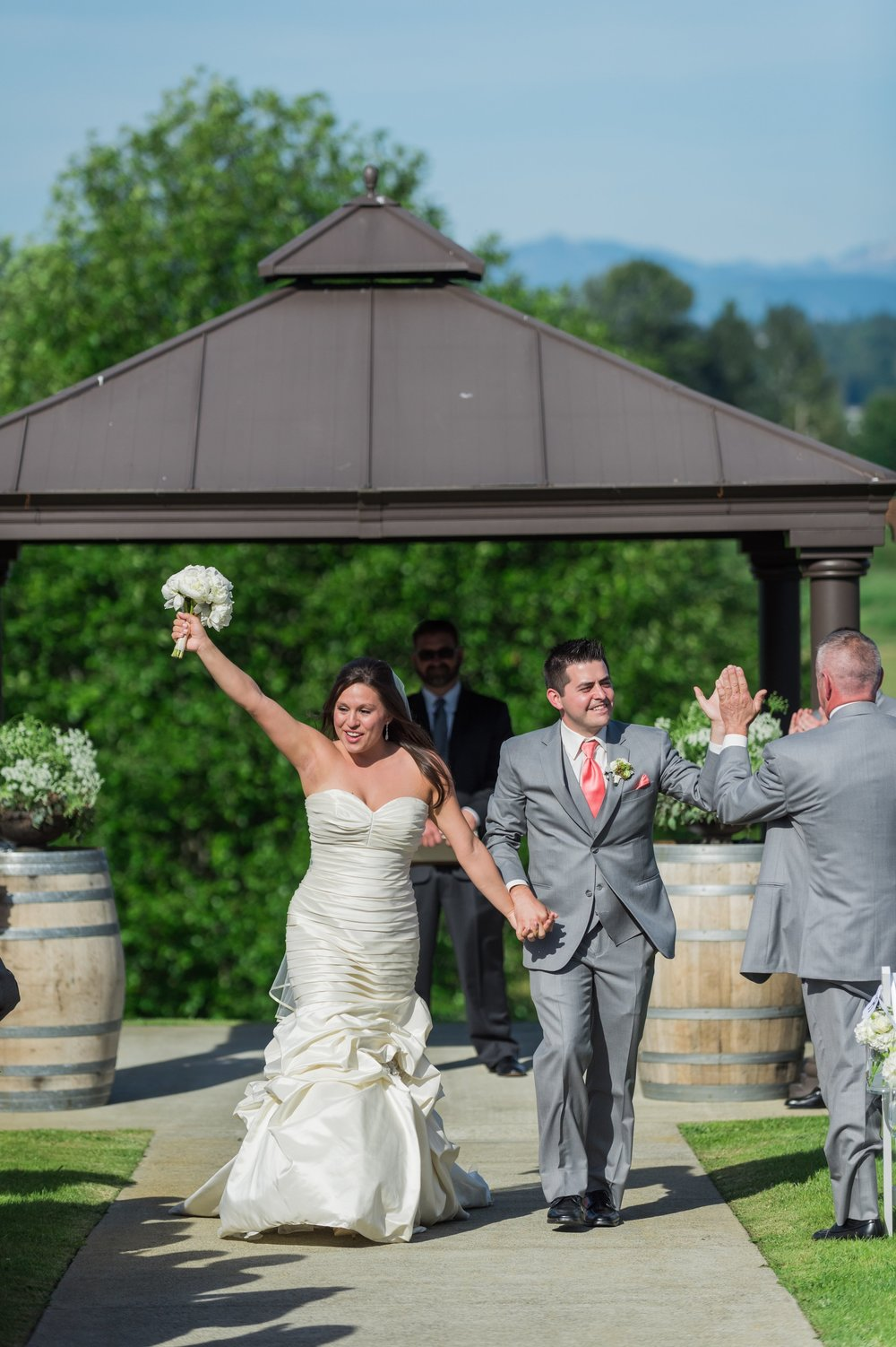 Lord Hill Farms Wedding in Snohomish | Wedding Wise Seattle Planning