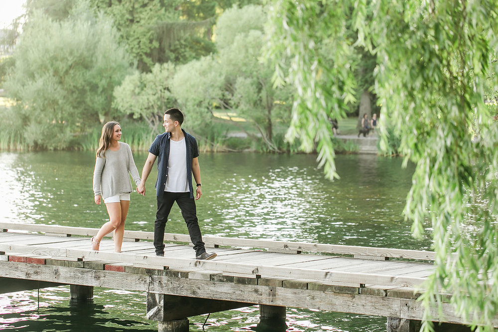 Seattle Engagement Session at Greenlake | Wedding Wise Seattle Planning | Lloyd Photographers