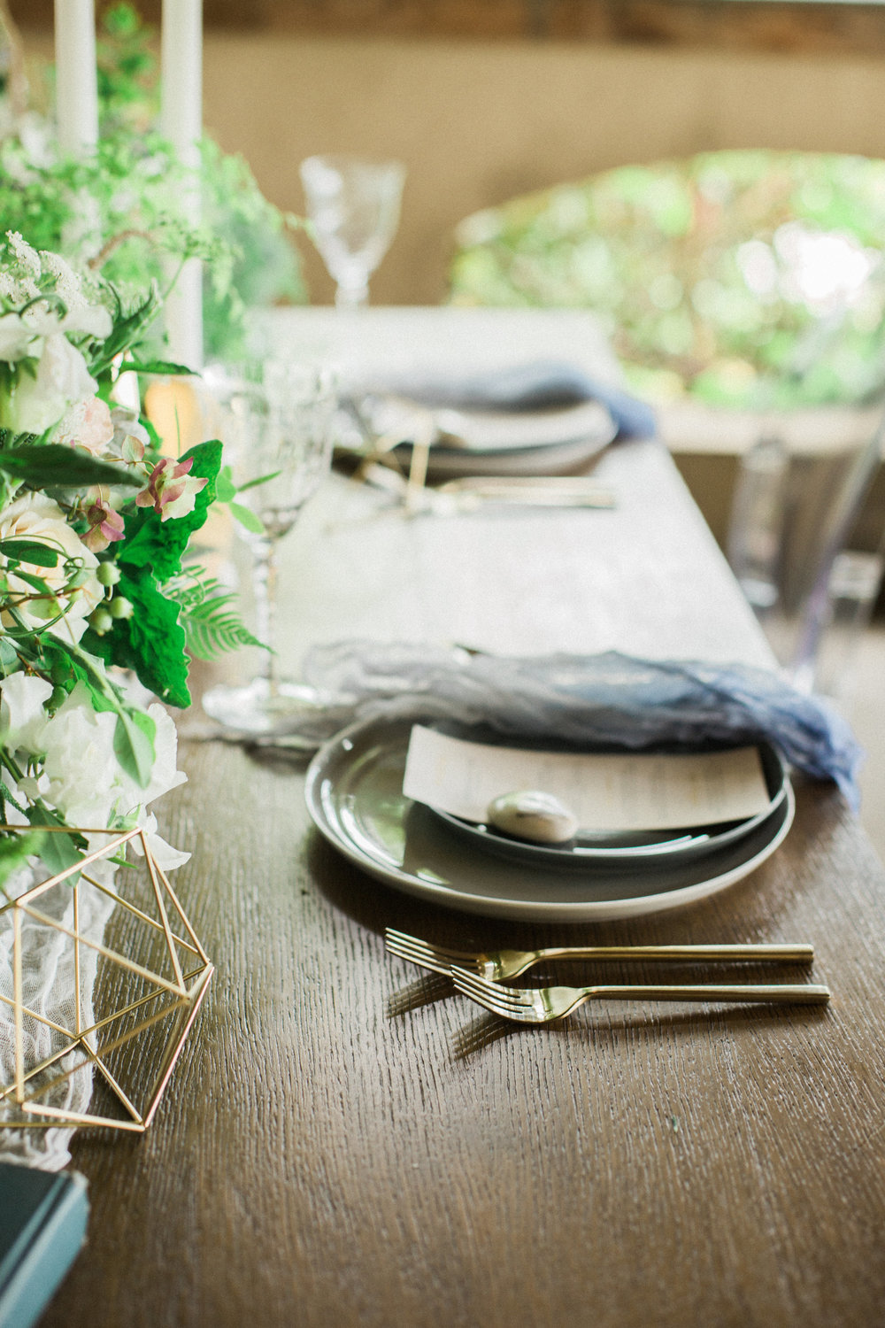 Seattle Wedding Planning | Wedding Wise Design | Alicia Lynne Photography | 2017 Pantone Color of the Year Greenery
