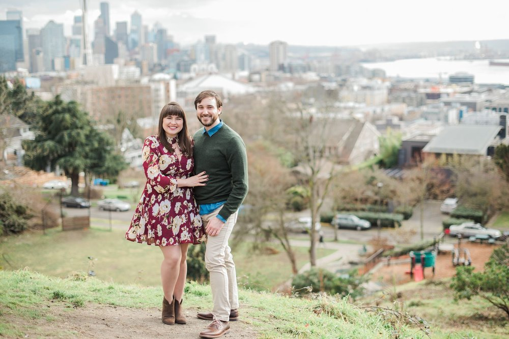 Seattle Engagement Session at Discovery Park | Wedding Wise Seattle Planning | Kirsten Marie Photography