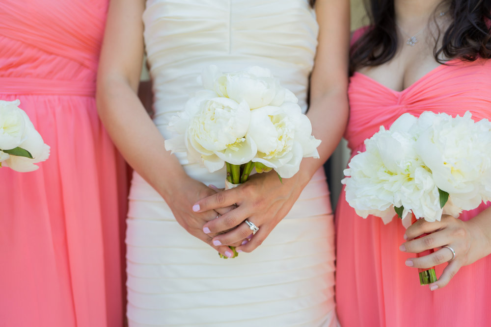 Photo ::  Jeanne Phinney Photography  | Bouquet ::  Flowers by K