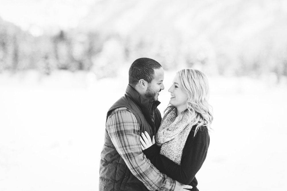 Seattle Engagement Photos | Winter Engagement Photos | Wedding Wise | Seattle Wedding Planner | Rachel Howerton Photography