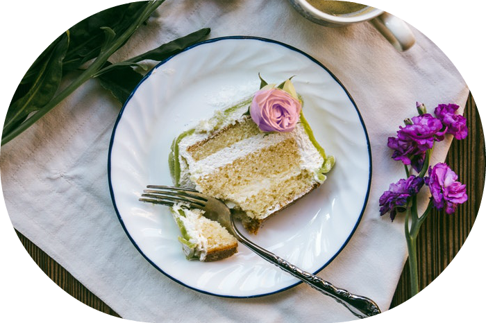 Wedding cake slice | Wedding Wise Seattle Planning