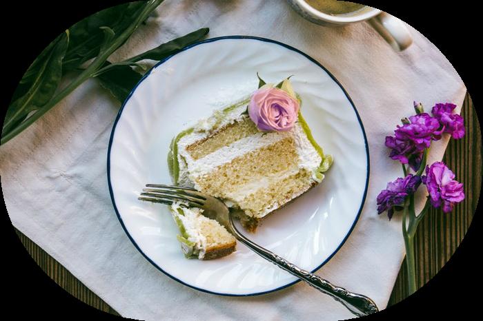 Wedding cake slice | Wedding Wise Seattle Planning