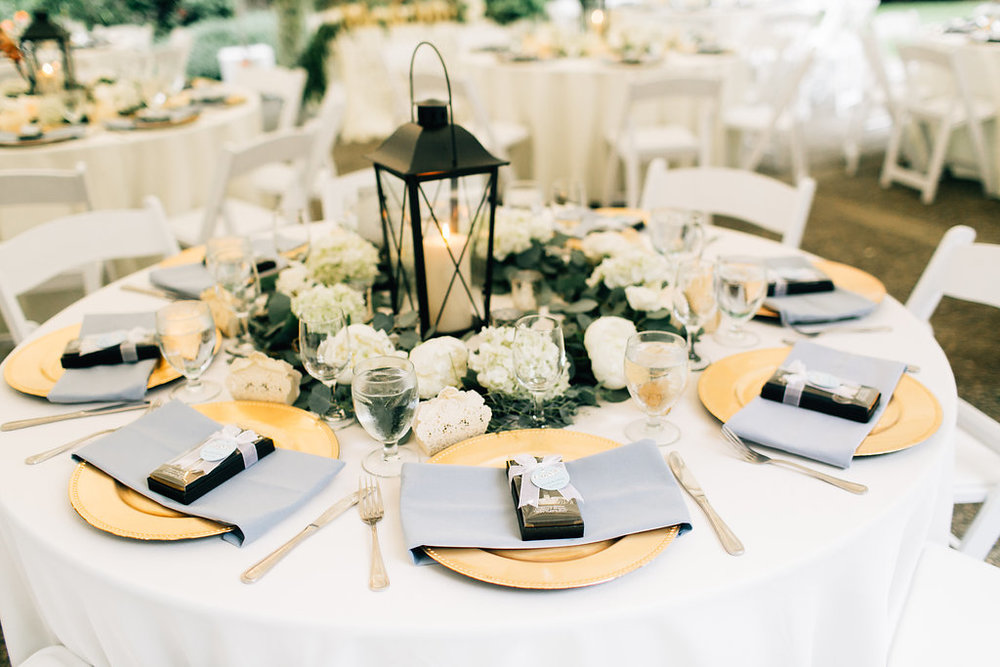 Whimsical wedding reception at Robinswood House | Wedding Wise | Jenna Bechtholt Photography