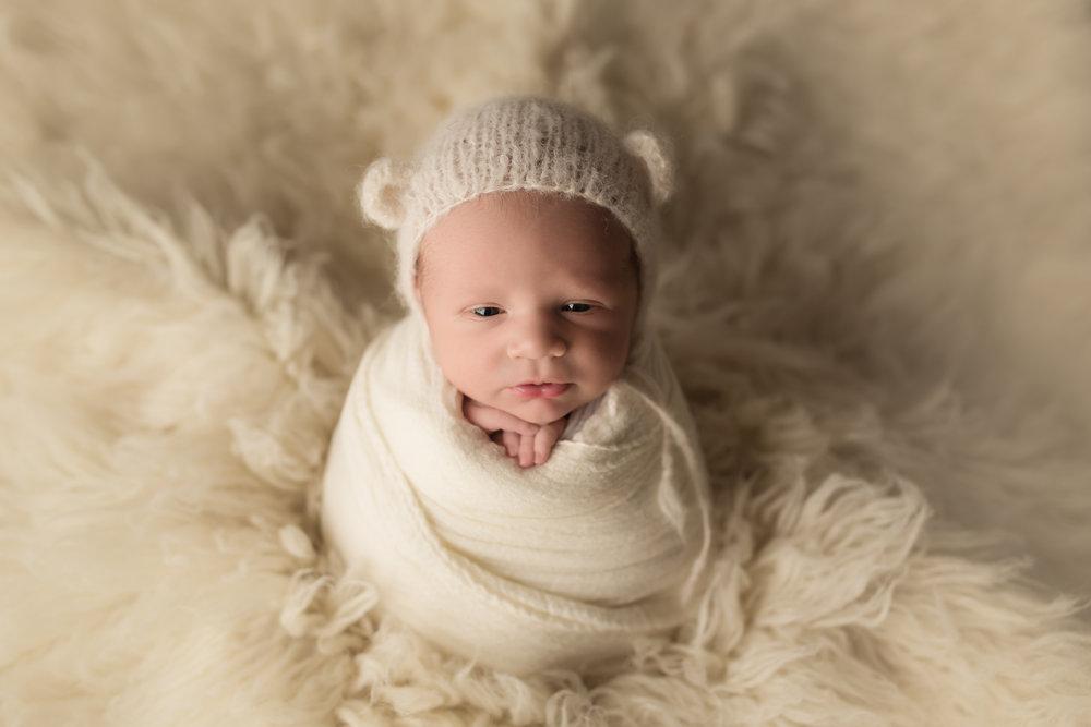 Maverick Newborn 18.jpg