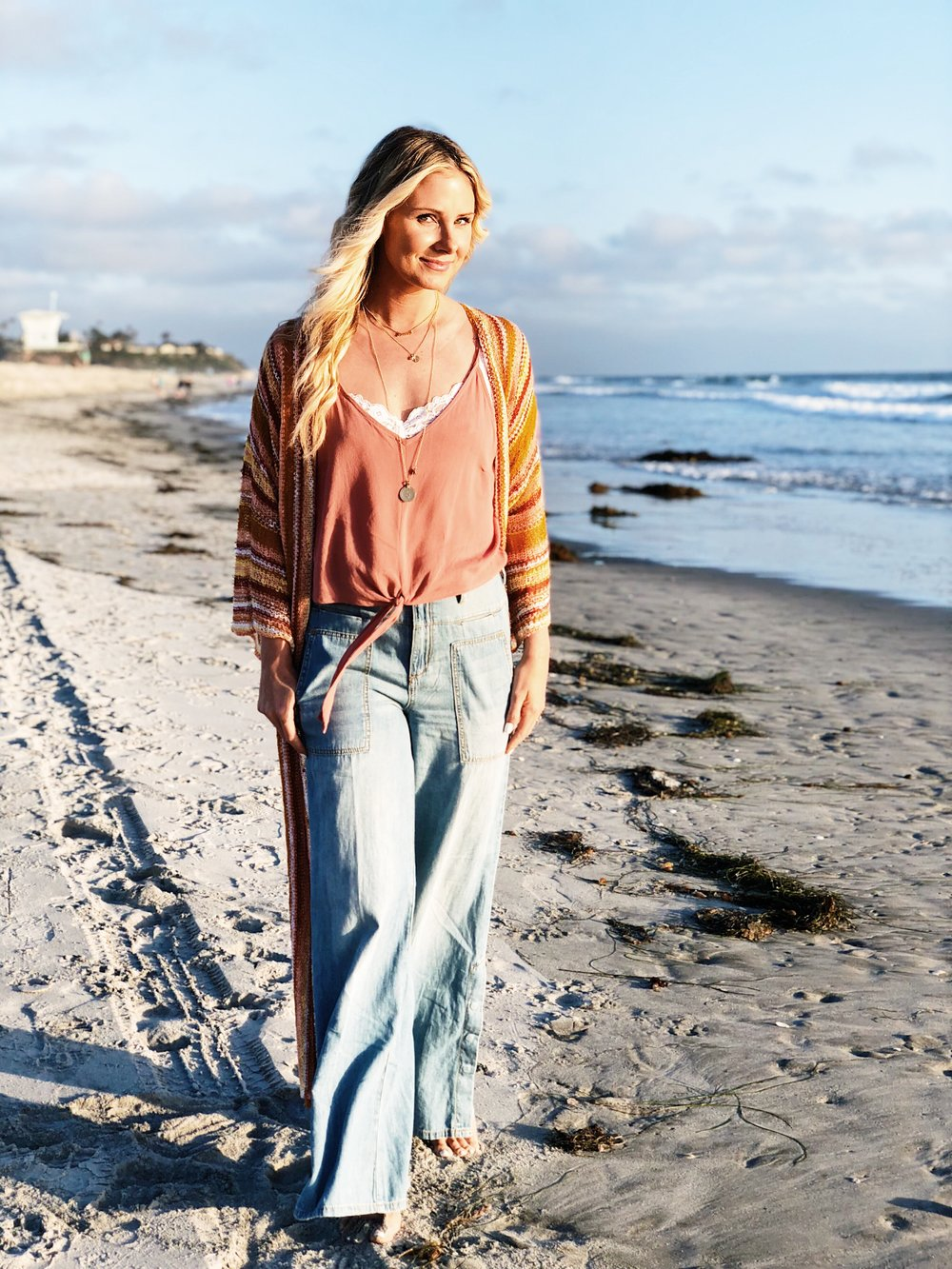 Knit Kimono - Have it in two colors. Perfect for summer & fall.SNAG THESE JEANS