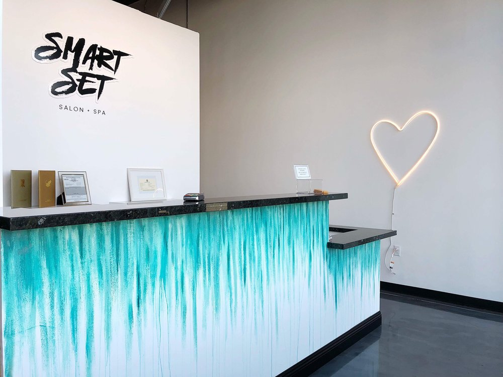 Brand Design applied to Front Desk of Smart Set Salon and Spa.