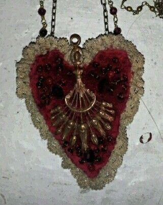 heart pendant .jpg