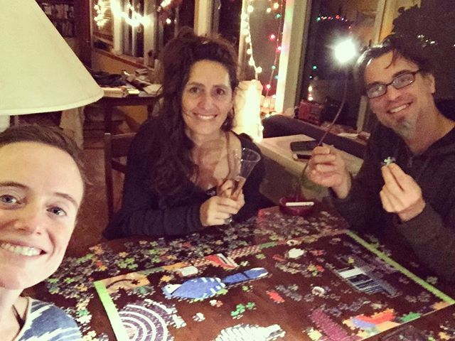 A puzzling Christmas night in Bonny Doon. 🌲❤️🎶