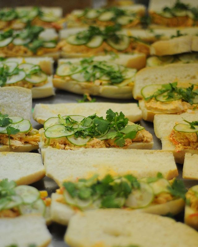 Sandwiches for days... ⠀ ⠀ #yeg #yegdt #yegfood #yegfoodie #yegcatering #yeglocal #localfood #albertafarming #exploreedmonton #sandwiches #fresh #officelunches