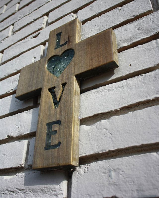 Hardwood crosses with crushed glass inserts. Hand crafted right here in Waco, no two crosses will ever be the exact same. Online store launching soon! Check out www.agmarketwaco.com for updates!! #agmarketwaco #waco #wacomade #cross #crosses #rustic #home #homedecor #wall #walldecor #wood #woodart #glass #resin #love #loveit #chic #handmade #handcrafted #magnolia #fixerupper
