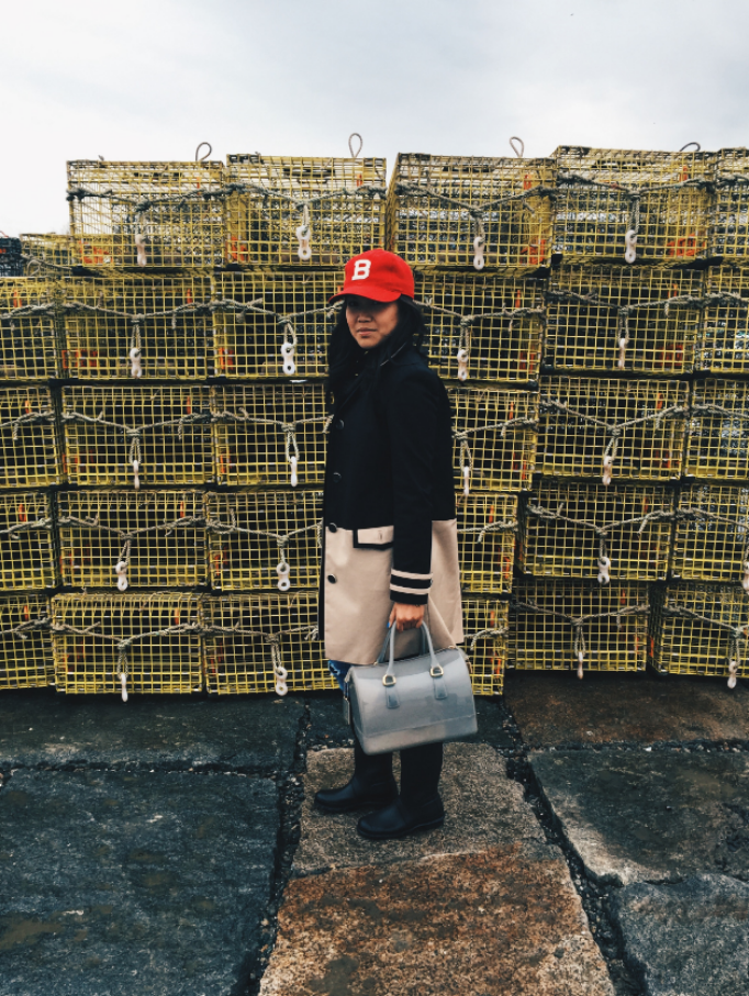 PS: these lobster cages stunk... BAD!!! But I thought the yellow complemented my red hat. Photos by my Papa, Hat:J.Crew, Coat: Brooks Brothers, Bag: Furla, Boots:Hunter, Turtleneck: Gap, Jeans: J.Crew, Belt: Target