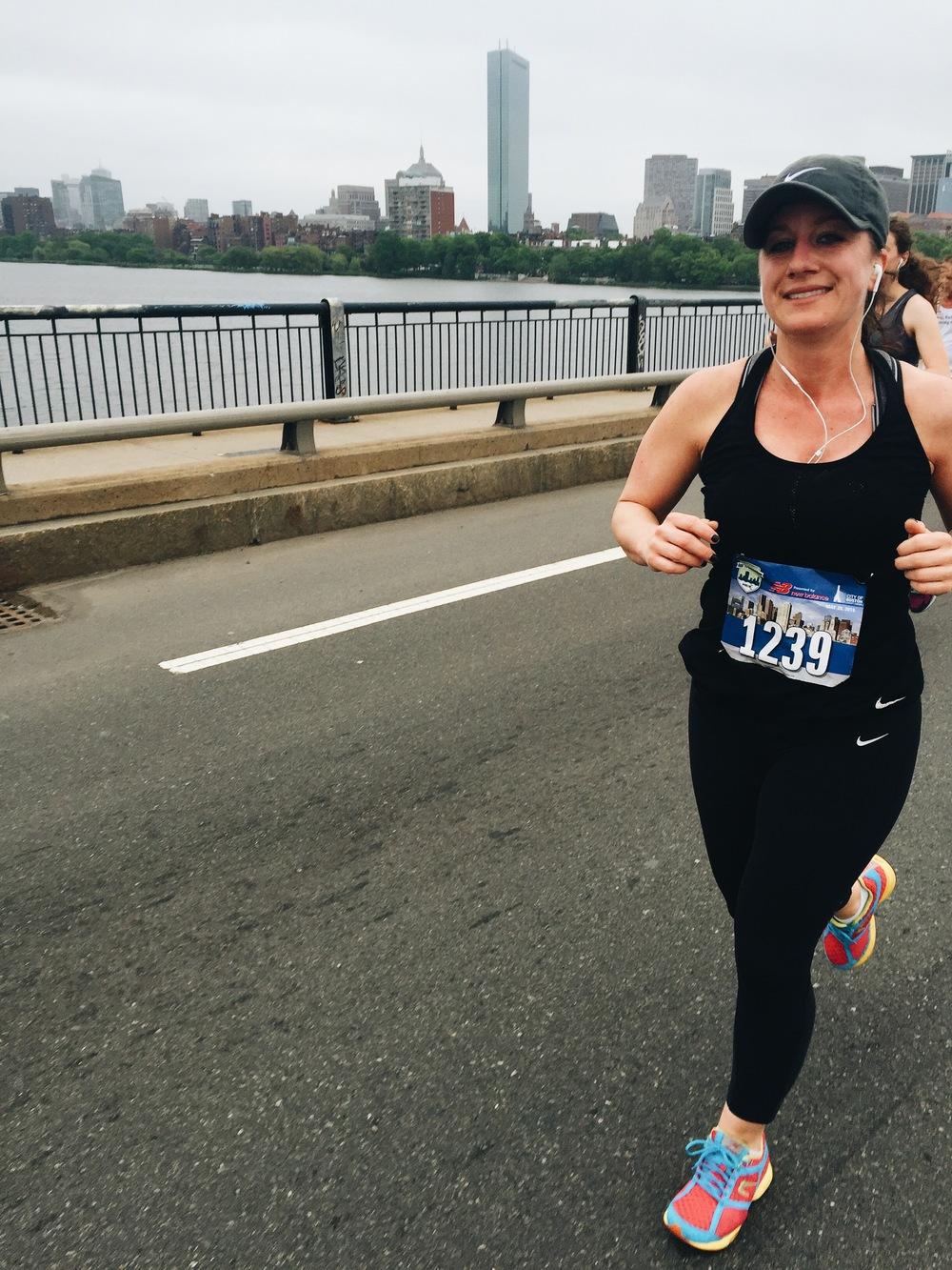 Amy Lynn on the Massachusetts Avenue Bridge
