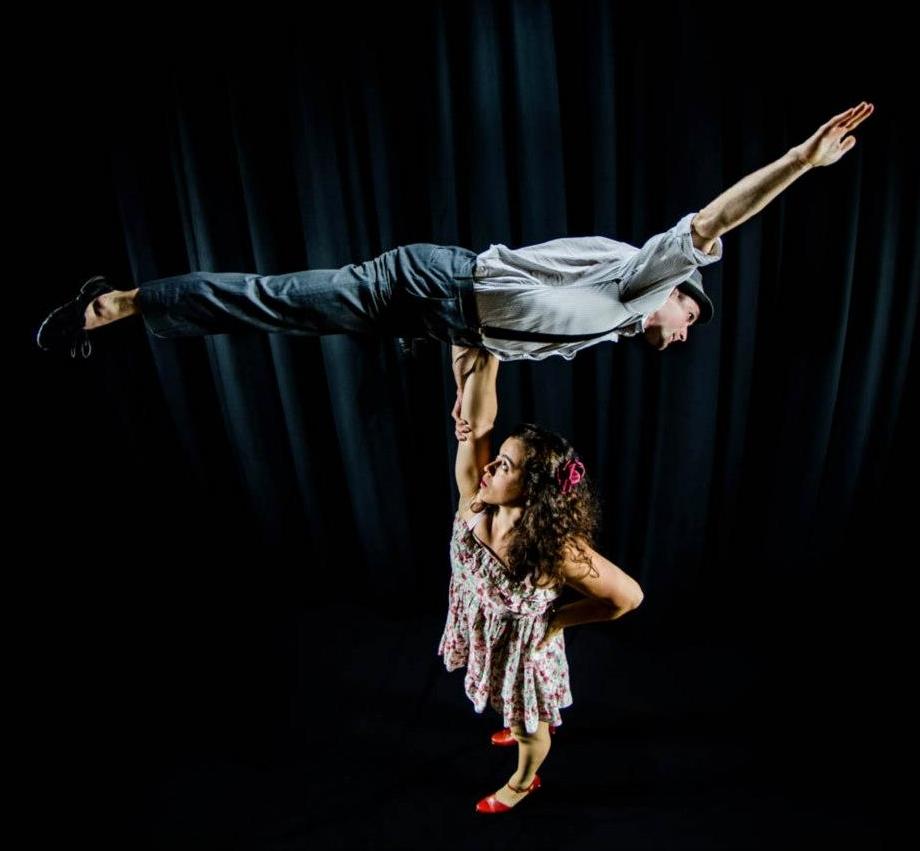 Erica Rubinstein and Terry Crane as Retro Verso (photo: AJ Rogers)